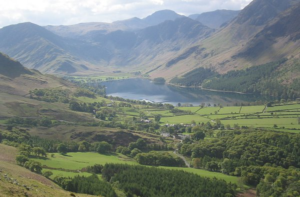 http://english-lake-district.info/images/buttermere.jpg